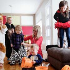 Halloween costumes, last minute, homemade, iStock