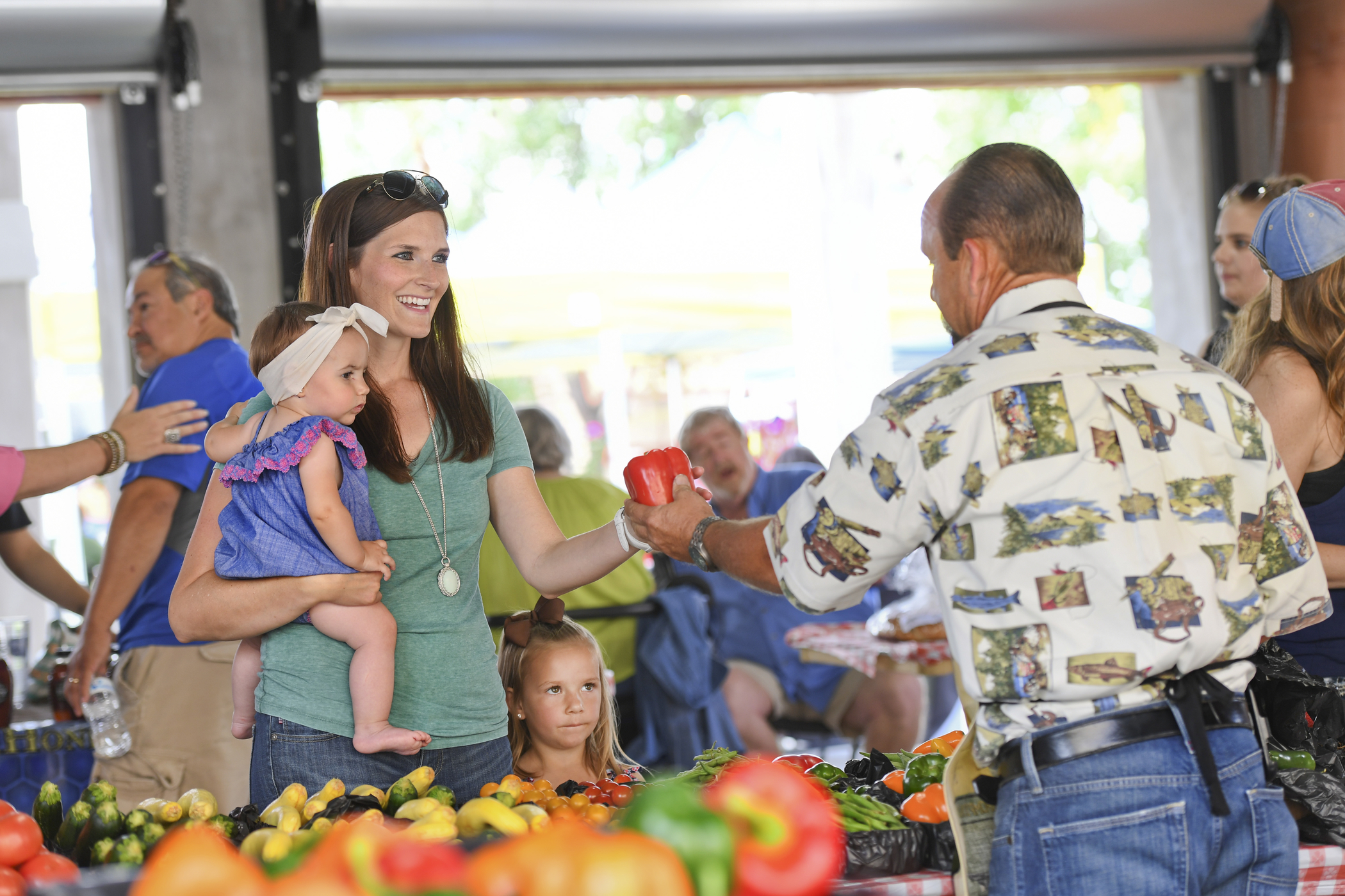Shop Local With The Kids At 19 Farmers Markets In Dallas Fort Worth Dfwchild