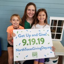 Natalie Boyle with daughters supporting nonprofit Mommies In Need