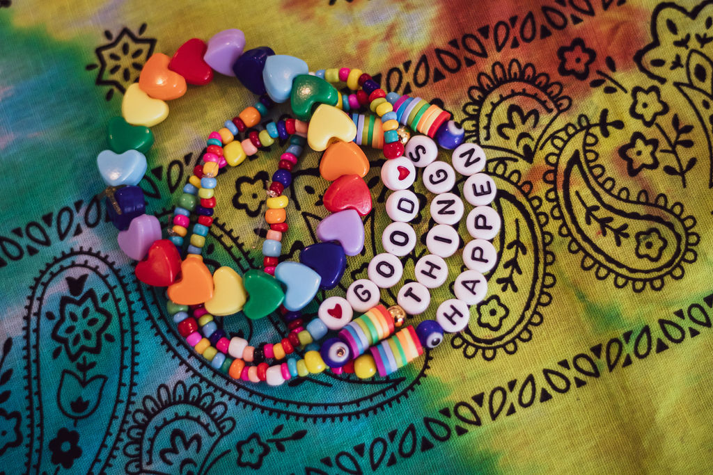 Bead bracelets; how to throw an arts and crafts party