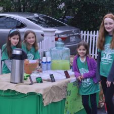 Kids Luv Trees lemonade stand