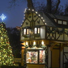 Christmas Village, Dallas Arboretum