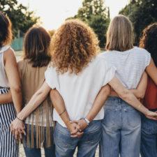 women supporting friend with postpartum depression