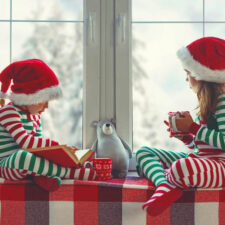 kids with sensory issues during the holidays, iStock