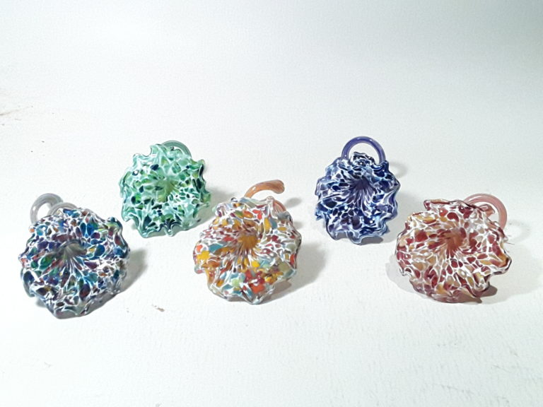 Vetro Glassblowing: Mother's Day Help-Create Flowers