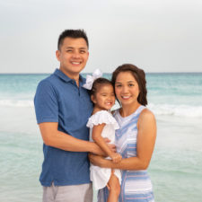 lanna nguyen with family