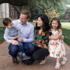 rae liu with her family