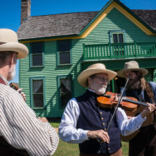 Photo courtesy of Grapevine Convention & Visitors Bureau, Enjoy live music, games, and more at the Nash Farm Barn Dance and Pie Auction!