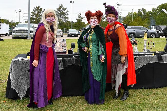 Halloween event in Irving, Eerie Park